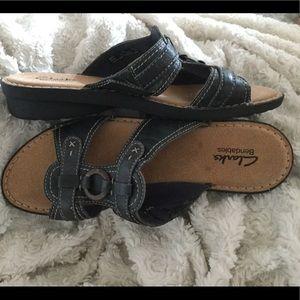 Navy CLARKS Bendables Sandal Slip-on Size 10